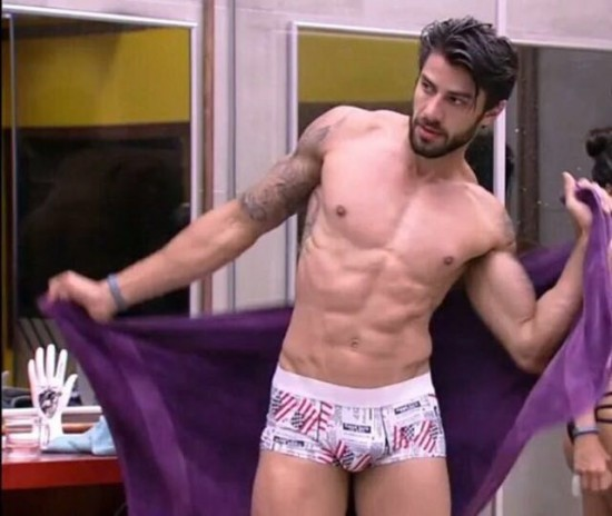#BBB16 – As malas dos musos Matheus e Renan